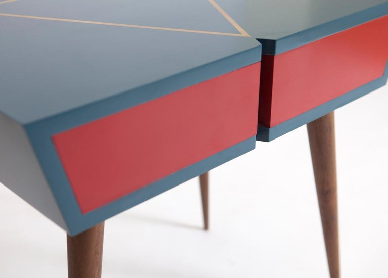 Mid-Century Modern Pair of Custom Made Solid Walnut Lacquer Nightstands/ End Tables For Sale