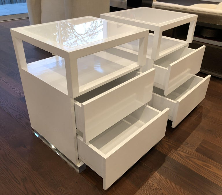 Pair of Custom White Lacquer and Lucite Nightstands by Cain Modern For Sale 3