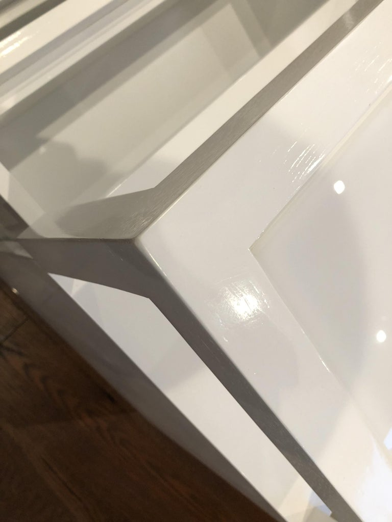 Pair of Custom White Lacquer and Lucite Nightstands by Cain Modern For Sale 13