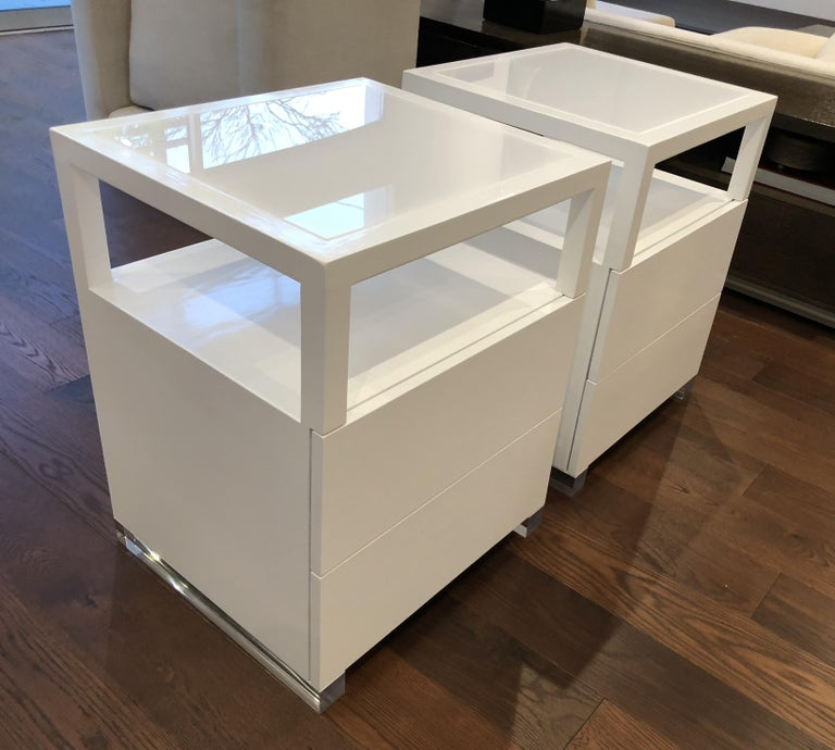 Pair of Custom White Lacquer and Lucite Nightstands by Cain Modern In Good Condition For Sale In Los Angeles, CA