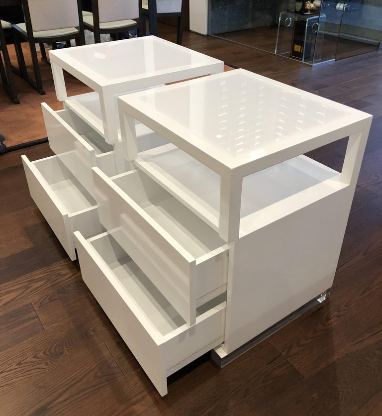 Pair of Custom White Lacquer and Lucite Nightstands by Cain Modern For Sale 1