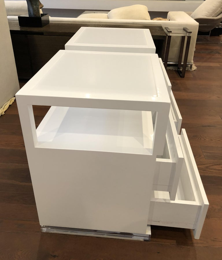 Pair of Custom White Lacquer and Lucite Nightstands by Cain Modern For Sale 2