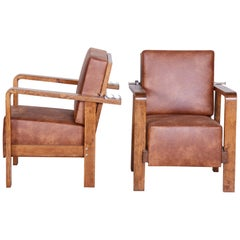 Pair of Czech Adjustable Functionalist Leather and Oak Armchairs, 1930s