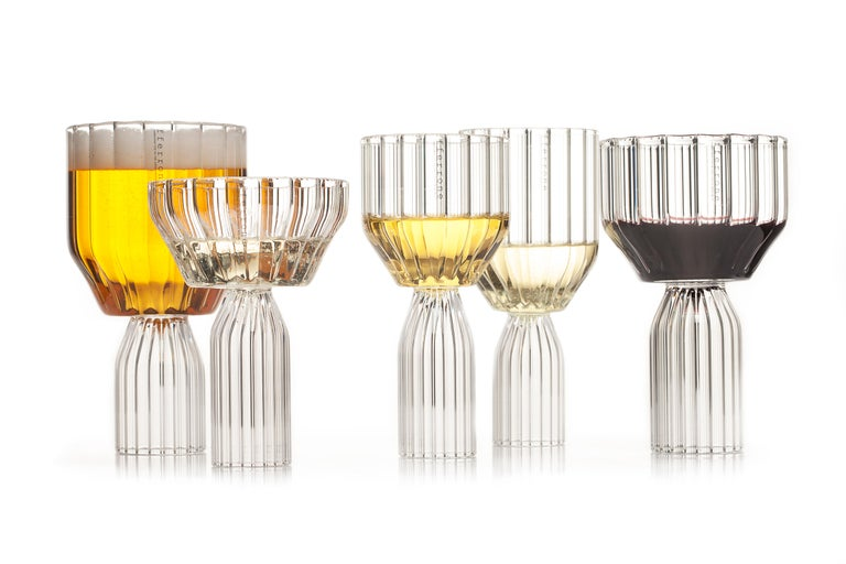 Czech EU Clients Pair of Contemporary Small Goblet Wine Cocktail Glasses in Stock For Sale