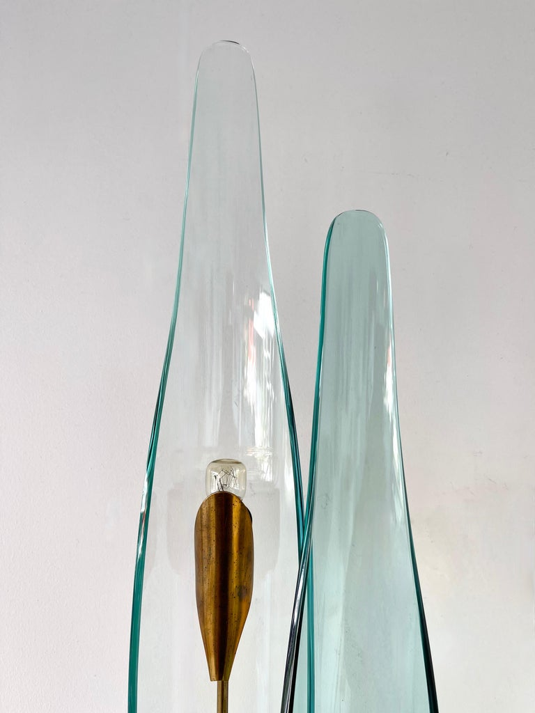 Pair of Dahlia Sconces by Max Ingrand for Fontana Arte, Italy, 1950s In Good Condition For Sale In SAINT-OUEN, FR