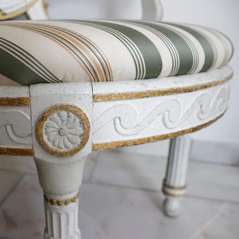 Pair of Danish 18th Century Neoclassical White Painted Armchairs For Sale 2