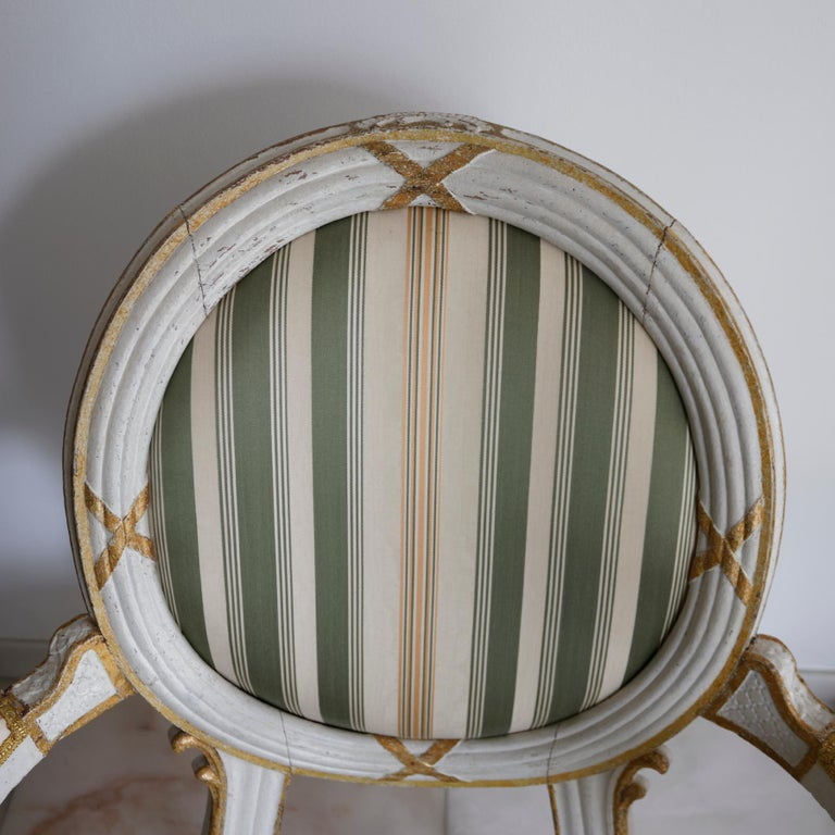 Pair of Danish 18th Century Neoclassical White Painted Armchairs For Sale 3