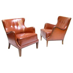 Pair of Danish 1940s Club Chairs in Leather by Fritz Hansen