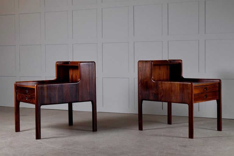 Pair of Danish Bedside Tables in Rosewood, 1960s For Sale 8