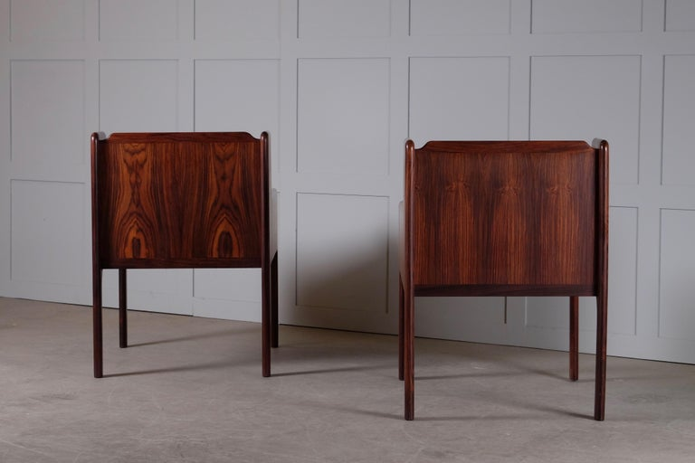 Pair of Danish Bedside Tables in Rosewood, 1960s For Sale 1