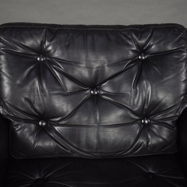 Pair of Danish Black Leather Club Lounge Chairs, circa 1950 For Sale 7