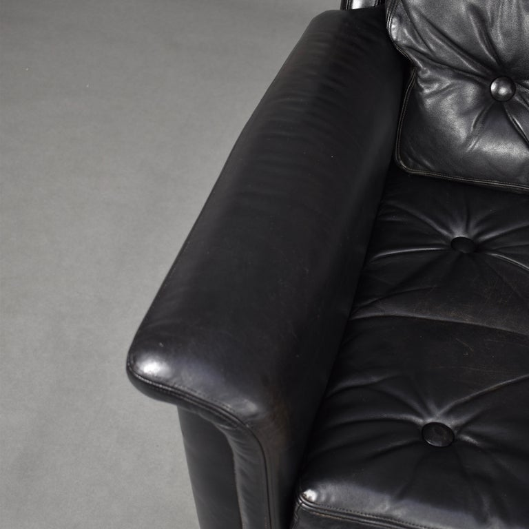 Pair of Danish Black Leather Club Lounge Chairs, circa 1950 For Sale 8