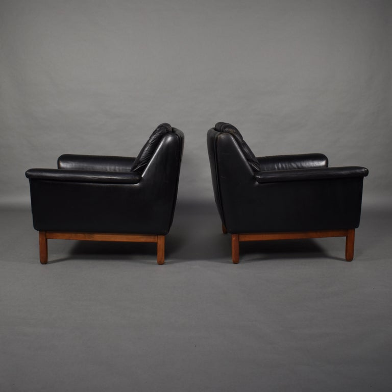 Mid-20th Century Pair of Danish Black Leather Club Lounge Chairs, circa 1950 For Sale