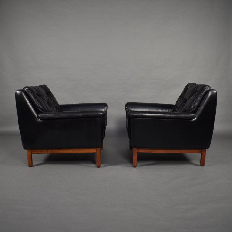 Pair of Danish Black Leather Club Lounge Chairs, circa 1950 For Sale 1