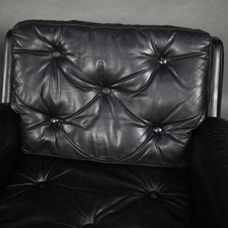 Pair of Danish Black Leather Club Lounge Chairs, circa 1950 For Sale 4