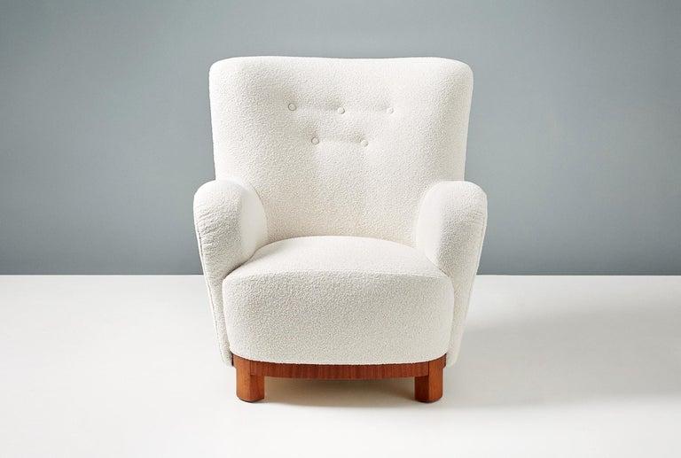 Scandinavian Modern Pair of Danish Cabinetmaker 1950s Boucle Armchairs For Sale