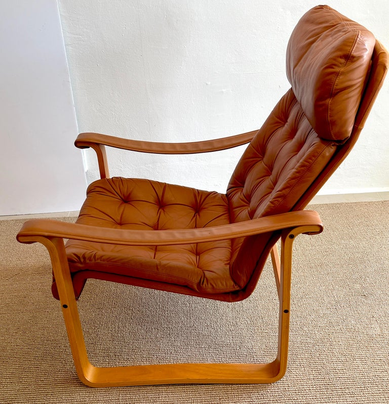Pair of Danish Cognac Leather Club Chairs, circa 1960s For Sale 5
