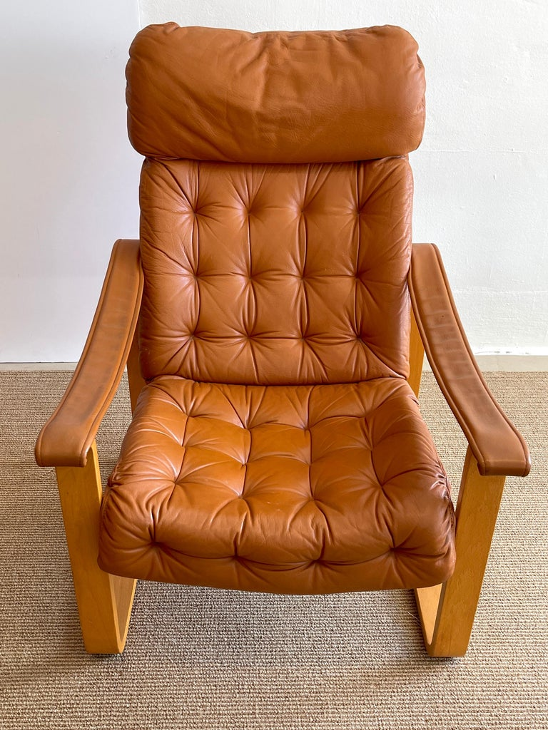 20th Century Pair of Danish Cognac Leather Club Chairs, circa 1960s For Sale