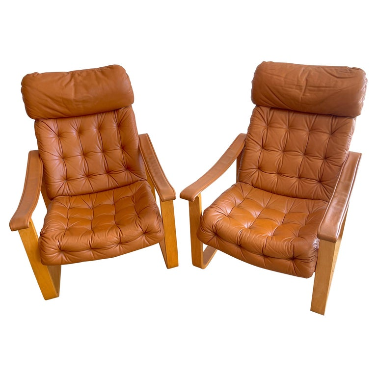 Pair of Danish Cognac Leather Club Chairs, circa 1960s For Sale