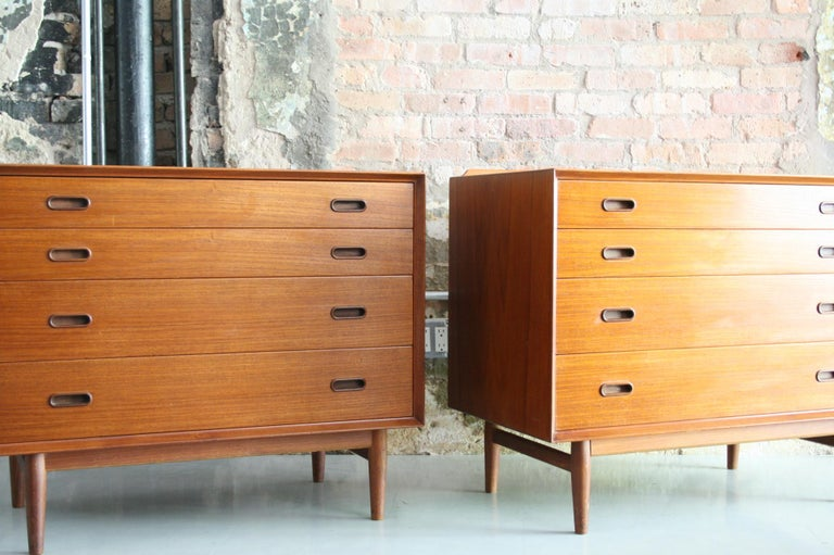 Pair of Danish Dressers or Chests by Arne Vodder for Sibast Mobelfabrik, Denmark In Good Condition For Sale In Chicago, IL