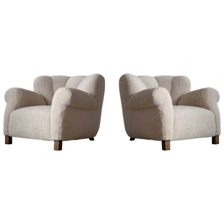 Pair of Danish Fritz Hansen Model 1518 Large Size Club Chair in Lambswool, 1940s For Sale