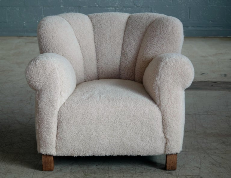 Pair of Danish Fritz Hansen Model 1518 Large Size Club Chairs in Lambswool 1940s For Sale 1