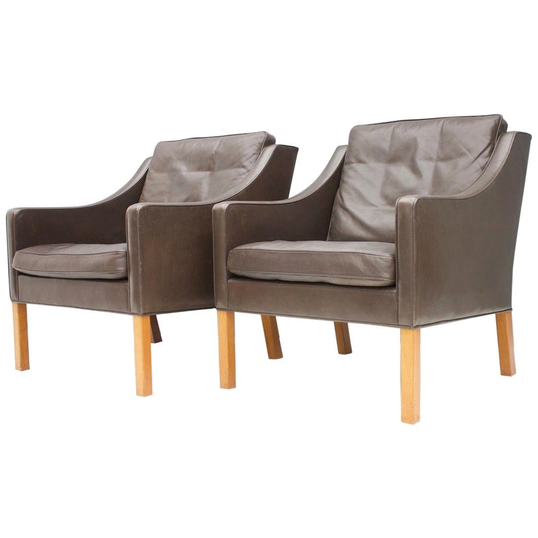 Pair of Danish Lounge Chairs by Børge Mogensen in Chocolate Brown Leather, 1960s