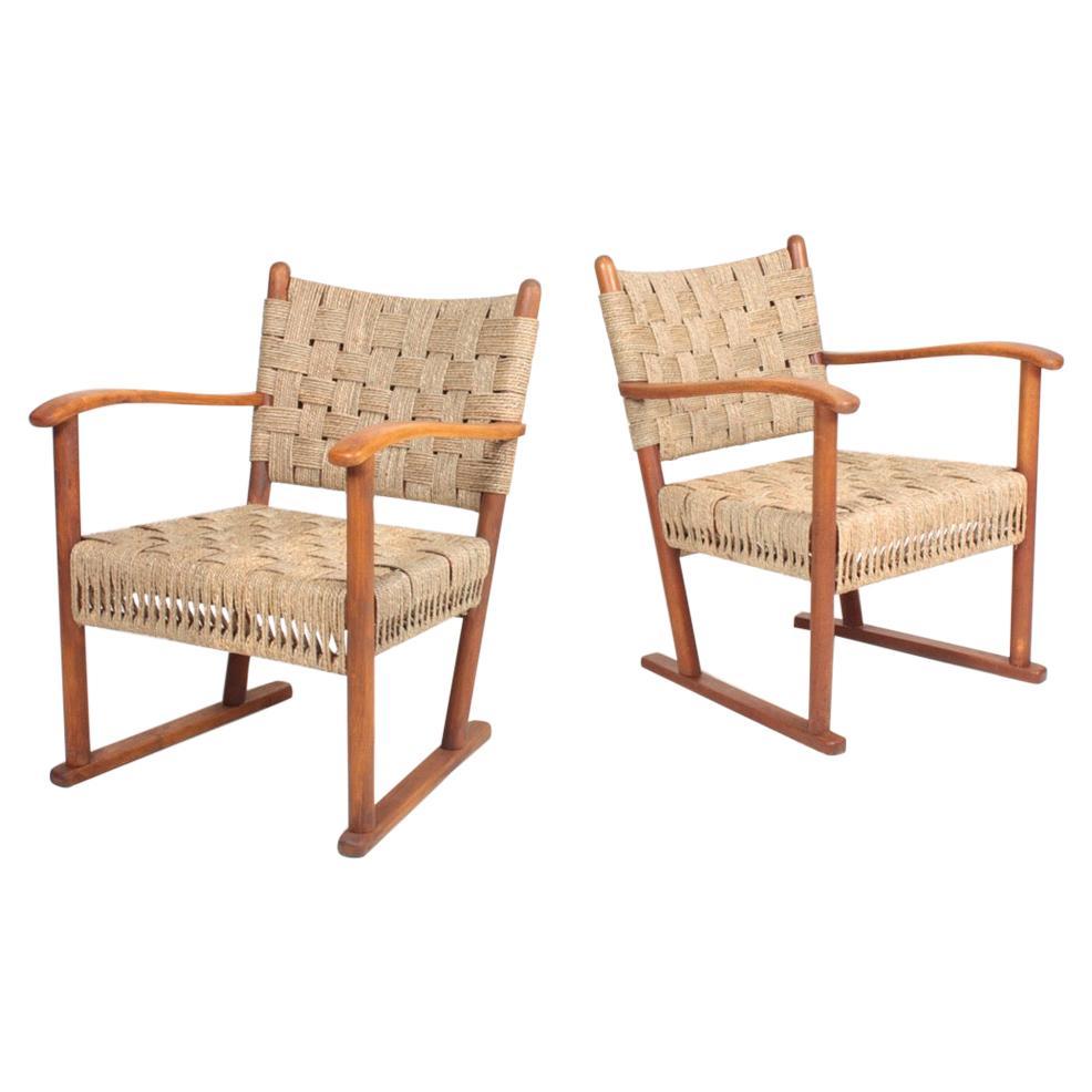 Pair of Danish Lounge Chairs by Fritz Hansen, 1940s