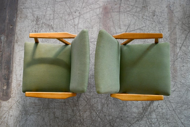 Pair of Danish Midcentury Arne Vodder Style Easy Chairs in Elmwood, 1960s For Sale 2