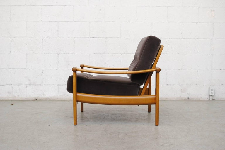 Pair of Danish Mid-Century Lounge Chairs In Good Condition For Sale In Los Angeles, CA