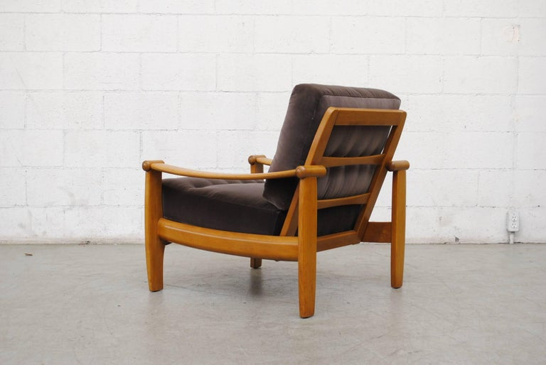Mid-20th Century Pair of Danish Mid-Century Lounge Chairs For Sale