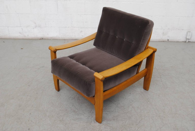 Pair of Danish Mid-Century Lounge Chairs For Sale 1