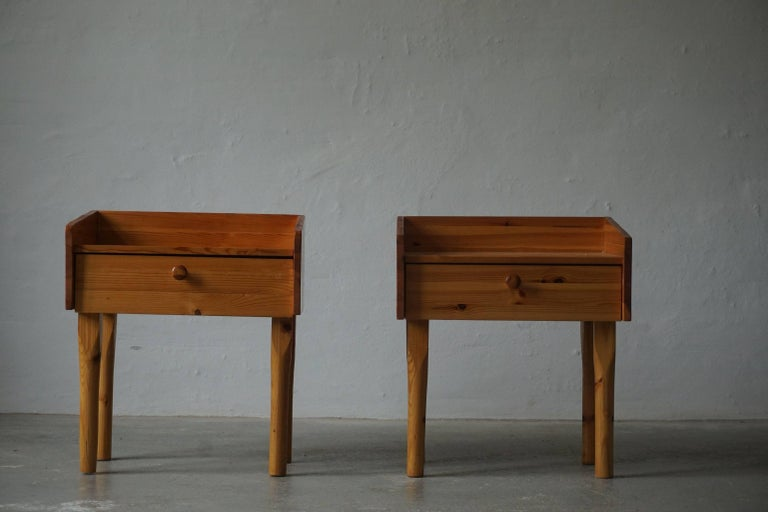 Pair of Danish Mid Century Night Stands with Drawers in Solid Pine, 1970s For Sale 3