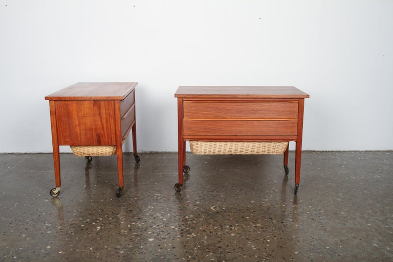 Pair of Danish Midcentury Bedside Tables in Teak, 1960s For Sale 9
