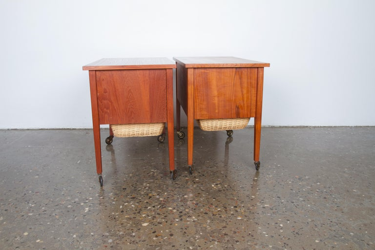 Pair of Danish Midcentury Bedside Tables in Teak, 1960s In Good Condition For Sale In Nibe, Nordjylland