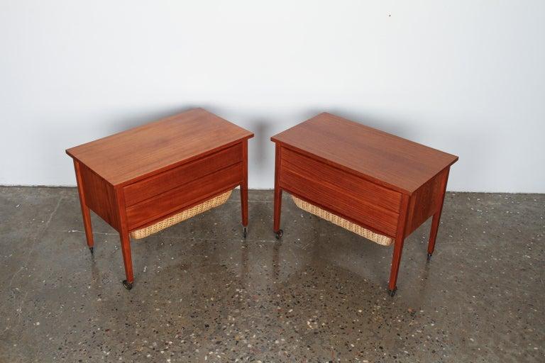 Pair of Danish Midcentury Bedside Tables in Teak, 1960s For Sale 1