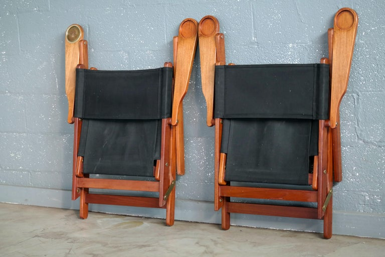 Pair of Danish Midcentury Folding Deck Chairs in Solid Teak For Sale 4