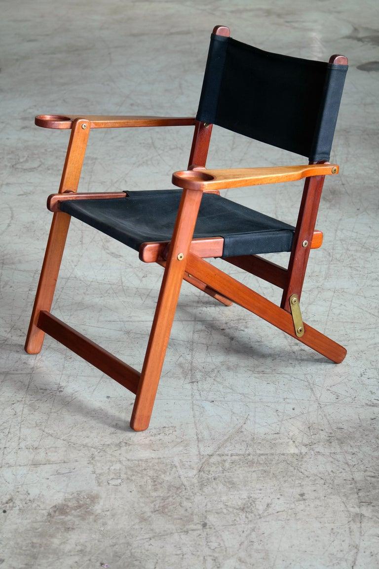 Pair of Danish Midcentury Folding Deck Chairs in Solid Teak In Good Condition For Sale In Bridgeport, CT