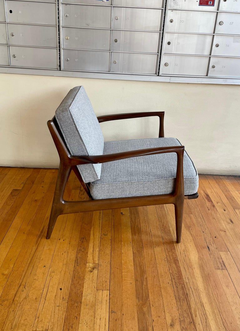 Pair of Danish Modern Lounge Chairs by Ib Kofod-Larsen for Selig For Sale 1