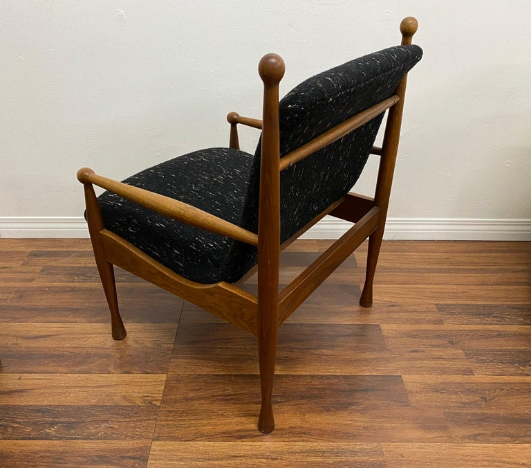 Pair of Danish Modern Lounge Chairs In Good Condition For Sale In Los Angeles, CA