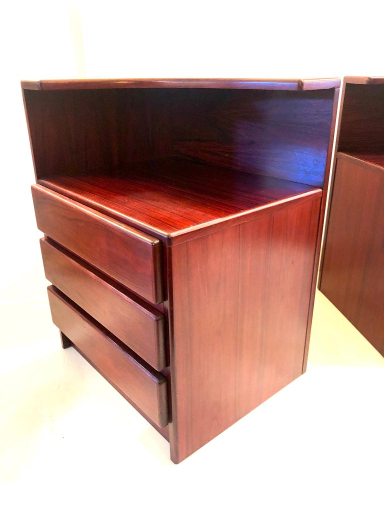 Pair of Danish Modern Tall Rosewood Night Stands/Tables In Good Condition For Sale In San Diego, CA