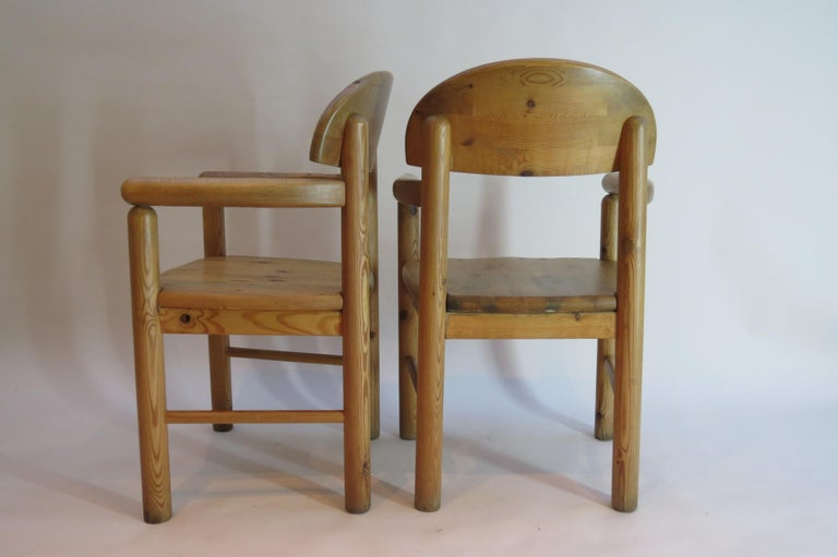 Pair of Danish Pine Carver Dining Chairs by Rainer Daumiller for Hirtshals In Good Condition For Sale In Stow on the Wold, GB