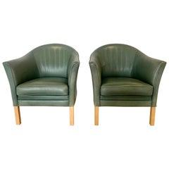 Pair of Danish Queen Leather Chairs Lars Kalmar for Mogens Hansen, 1980s