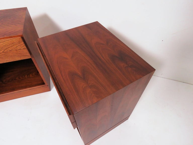 Pair of Danish Rosewood Two-Drawer Nightstands by Arne Iversen Wahl for Vinde In Good Condition For Sale In Peabody, MA