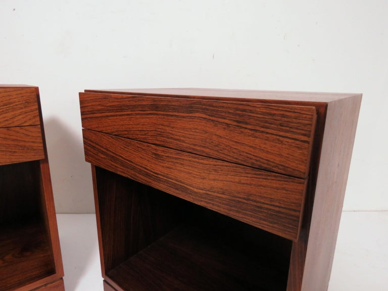 Pair of Danish Rosewood Two-Drawer Nightstands by Arne Iversen Wahl for Vinde For Sale 1