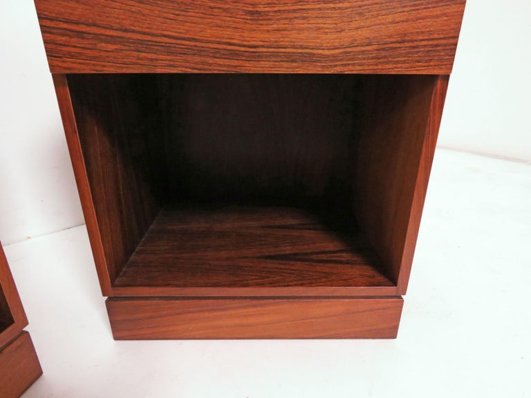 Pair of Danish Rosewood Two-Drawer Nightstands by Arne Iversen Wahl for Vinde For Sale 3