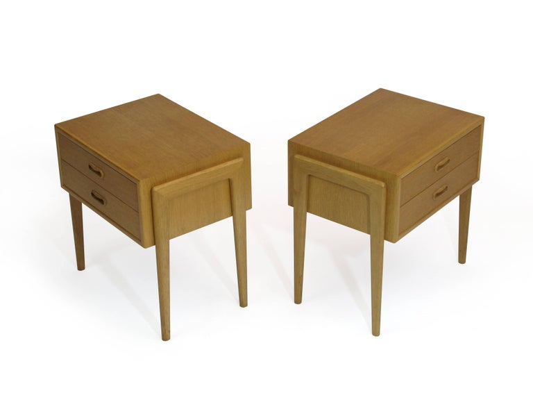 White Nightstand Side Table: Pair Of Danish White Oak Nightstands Side Tables At 1stdibs