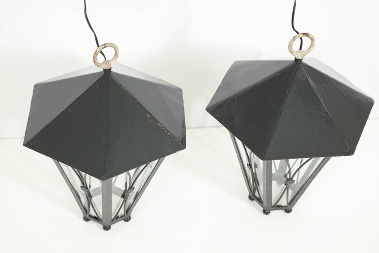 Pair of Dark Green Painted Lanterns For Sale 3