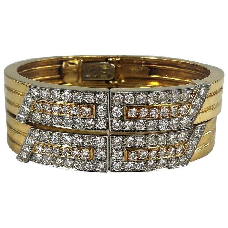 27296b8623e Pair of David Webb Platinum/Gold and Diamond Split Front Bangles For Sale