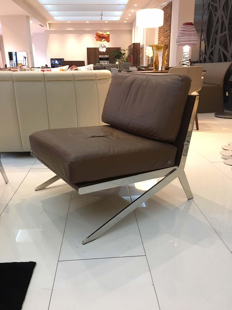 Pair of De Sede DS-60 Armless Chairs Brown Leather and Polished Stainless Steel In Good Condition For Sale In Chicago, IL